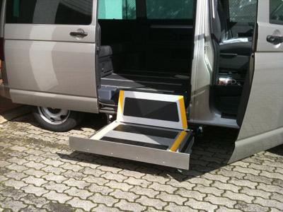 rollstuhlpersonenliftsysteme handicar umbau behindertengerechter fahrzeuge. Black Bedroom Furniture Sets. Home Design Ideas